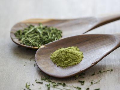 Moringa oleifera on wooden spoons