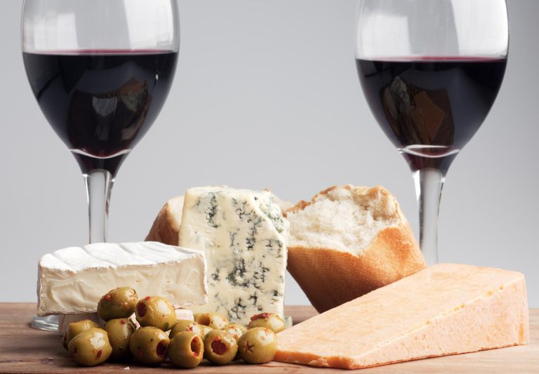 Red wine with cheese and olives