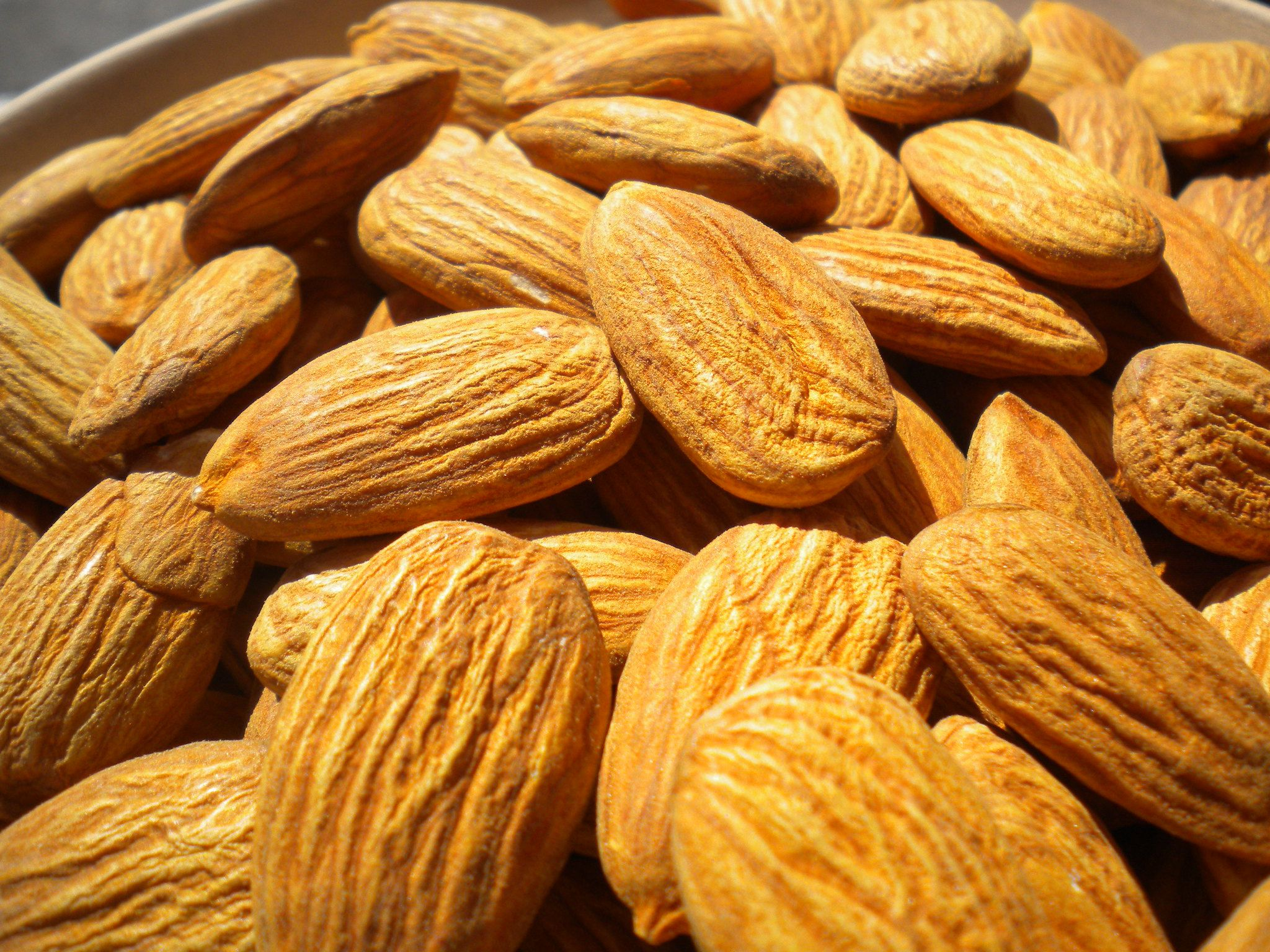 Almond Oil Benefits for Skin