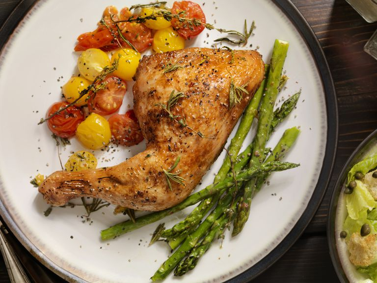 roasted chicken with asparagus and tomatoes