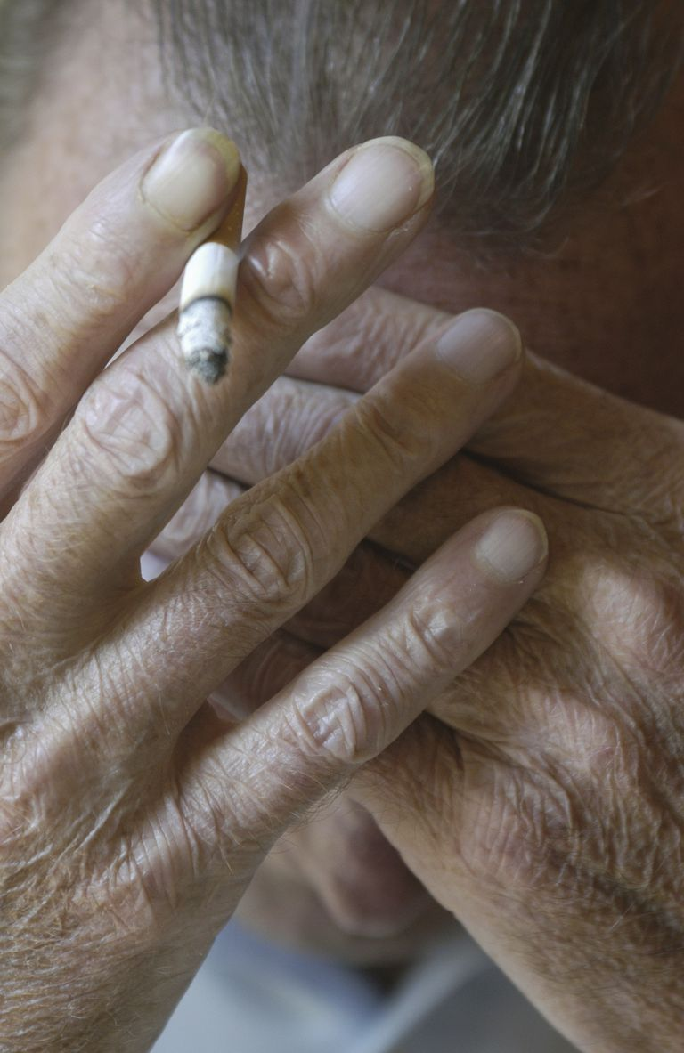 smoking makes chronic pain worse