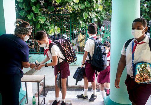 school children in Havana