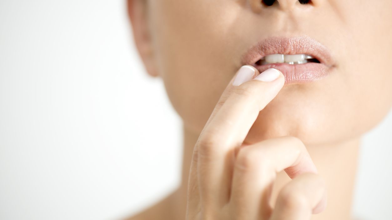 What Causes Swollen Lips?