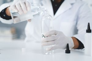 Mixing propylene glycol with other ingredients