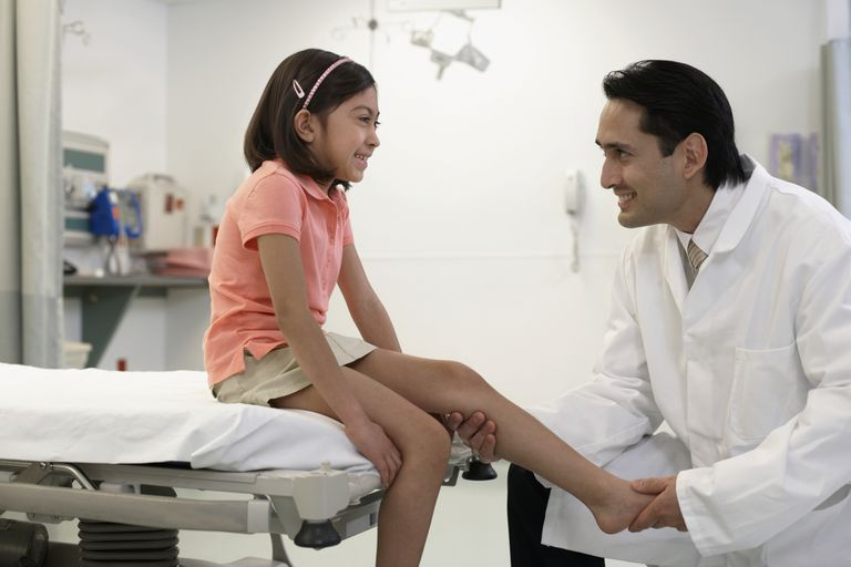 child leg injury