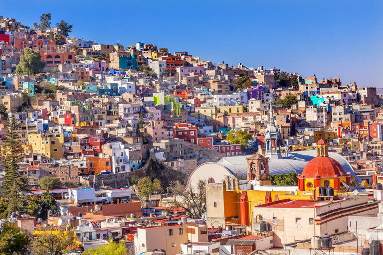 Colored Houses, San Roque Church, Market, Hidalgo, Guanajuato, Mexico