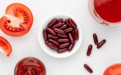 Tomatoes, tomato sauce, and lycopene capsules