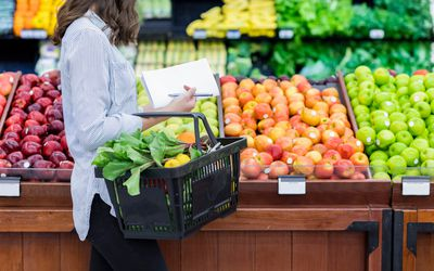 Woman shopping for healthy food.