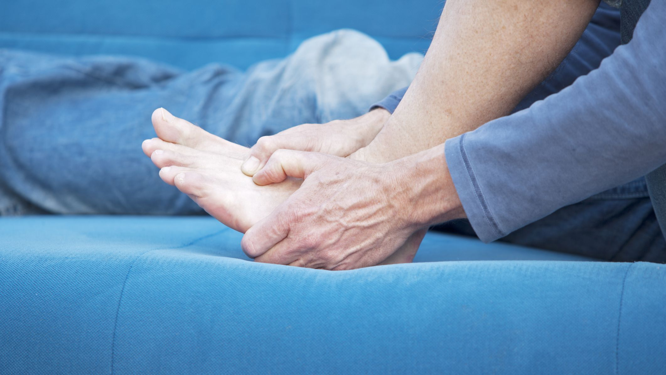 Foot Pain Symptoms and Causes in Fibromyalgia