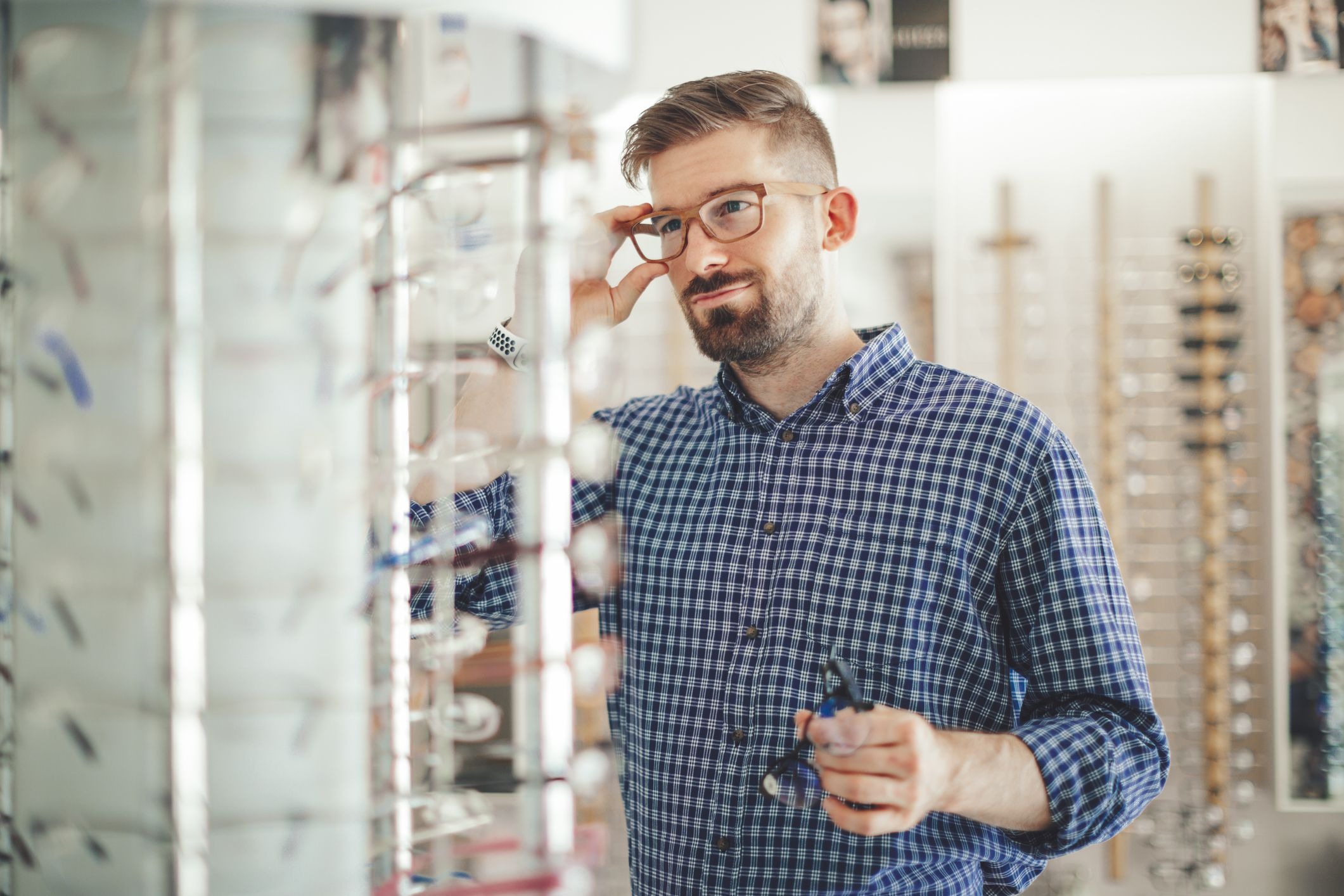 8b10c5f9baf Will Ready-Made Reading Glasses Harm Your Eyes