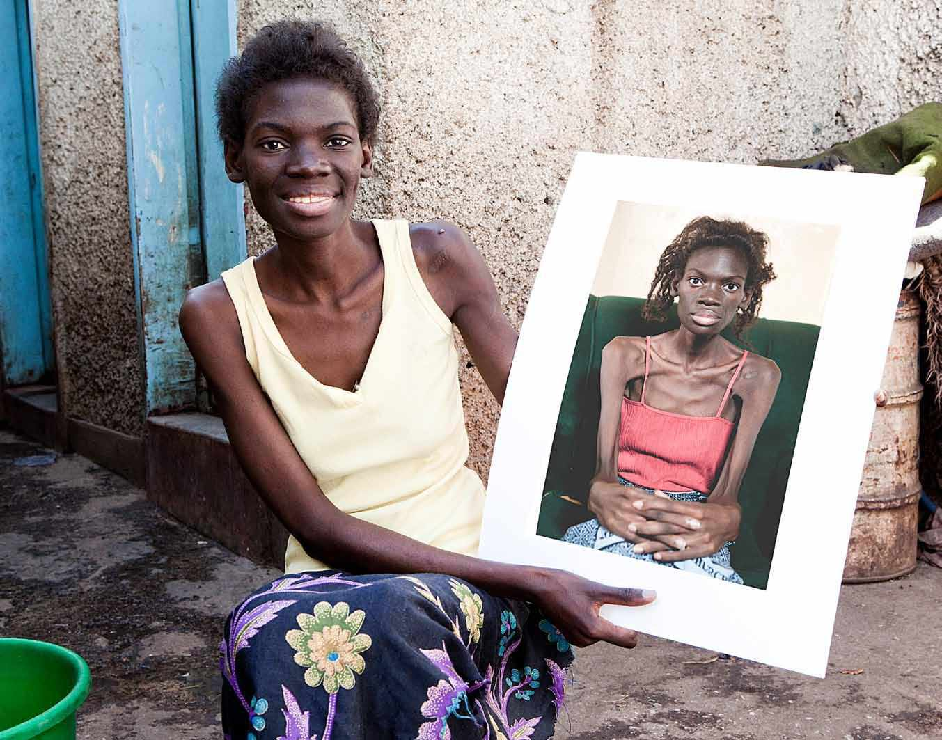 woman showing a picture of herself from the lazarus effect film